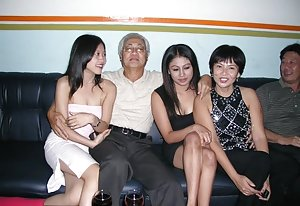 Groupsex Asian Pics