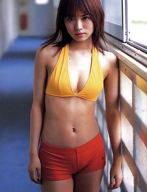Shorts Asian Pics