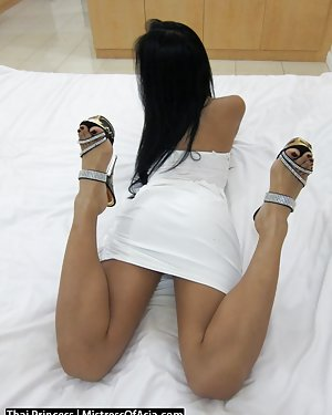 Legs Asian Pics